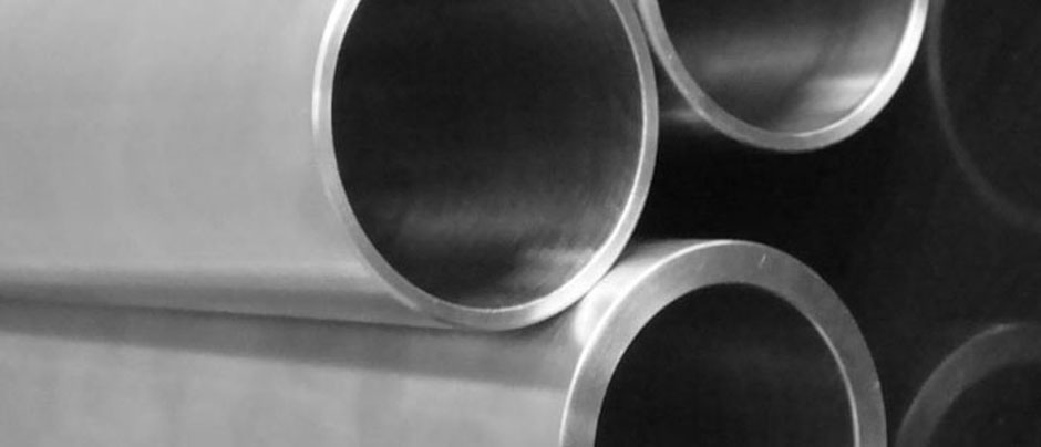 Stainless Steel 304 Welded Tubes & 304 Seamless Pipe/ Tube in Our Stockyard