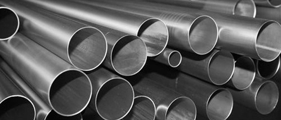 Stainless Steel 304L Seamless Tubes & 304L Seamless Pipe/ Tube in Our Stockyard