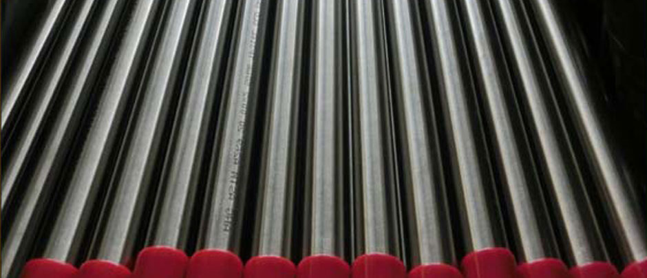 Stainless Steel EFW Pipe & Seamless Pipe/ Tube in Our Stockyard
